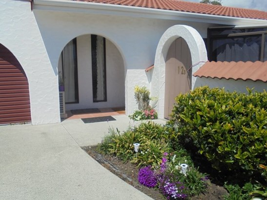 12b Eagle Place, Red Beach, Auckland - NZL (photo 2)