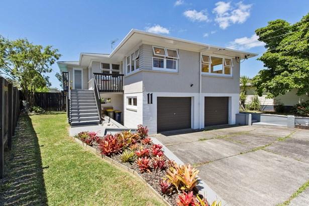 11 Abbotleigh Avenue, Te Atatu Peninsula, Auckland - NZL (photo 1)
