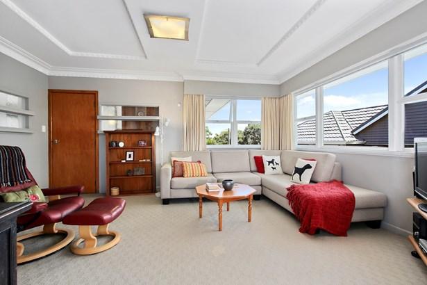 11 Abbotleigh Avenue, Te Atatu Peninsula, Auckland - NZL (photo 4)