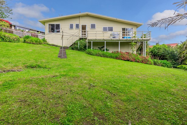 25 Capilano Place, Glenfield, Auckland - NZL (photo 1)