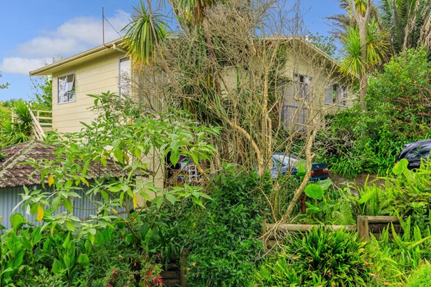 25 Capilano Place, Glenfield, Auckland - NZL (photo 3)