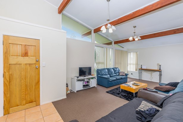 25 Capilano Place, Glenfield, Auckland - NZL (photo 4)