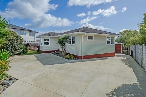 114 Gills Road, Bucklands Beach, Auckland - NZL (photo 4)