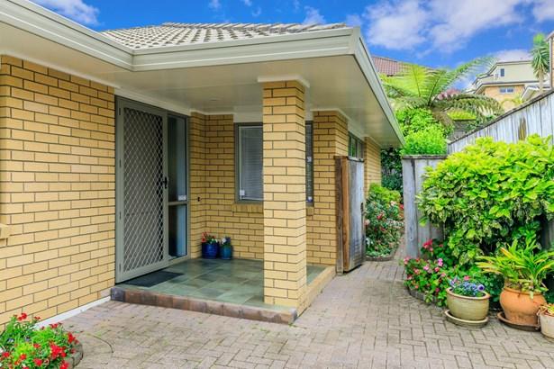3/52 Turama Road, Royal Oak, Auckland - NZL (photo 2)