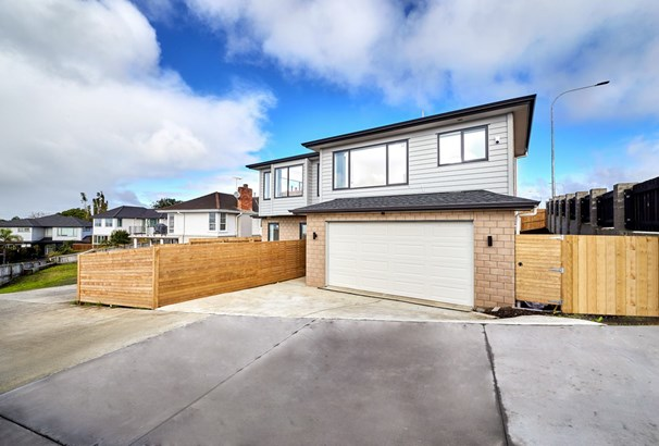 291 Te Atatu Road, Te Atatu South, Auckland - NZL (photo 2)