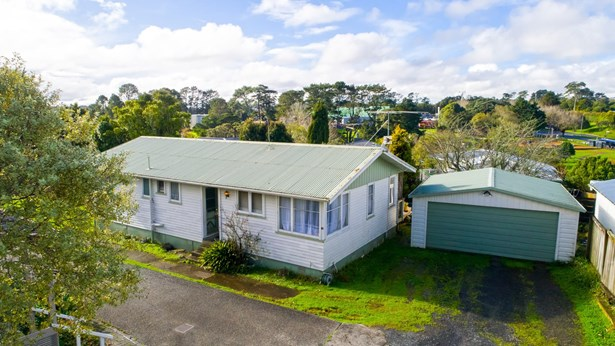 70 Commodore Drive, Lynfield, Auckland - NZL (photo 5)