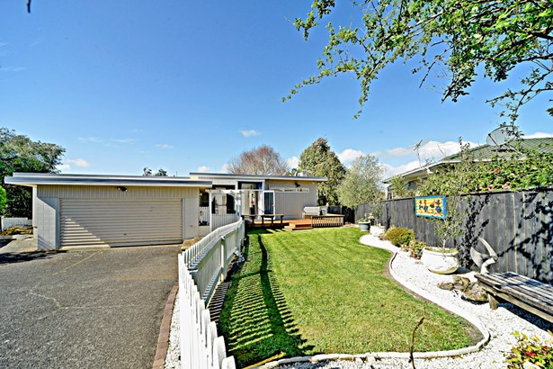 12 Polandson Place, Papakura, Auckland - NZL (photo 3)