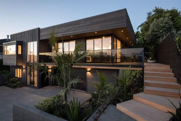 2b Churchill Road, Murrays Bay, Auckland - NZL (photo 1)