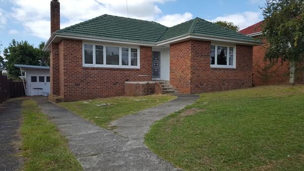674 Richardson Road, Mt Roskill, Auckland - NZL (photo 3)