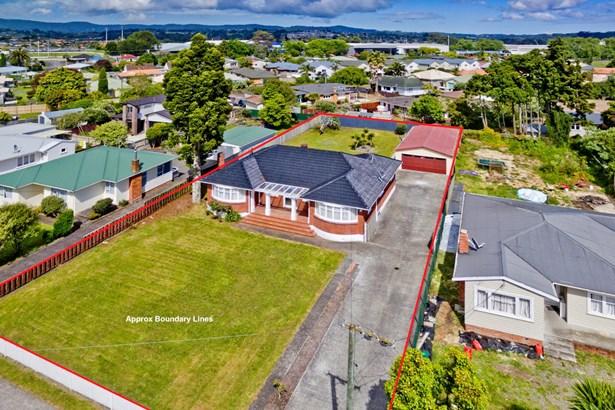 20 Rathgar Road, Henderson, Auckland - NZL (photo 2)