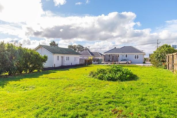 4040a Great North Road, Glen Eden, Auckland - NZL (photo 4)