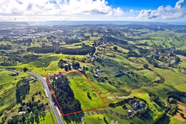 2 Spur Road, Silverdale, Auckland - NZL (photo 1)