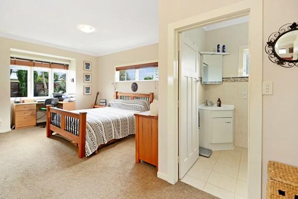 17 Heretaunga Avenue, Onehunga, Auckland - NZL (photo 3)