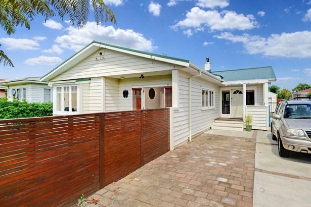17 Heretaunga Avenue, Onehunga, Auckland - NZL (photo 4)