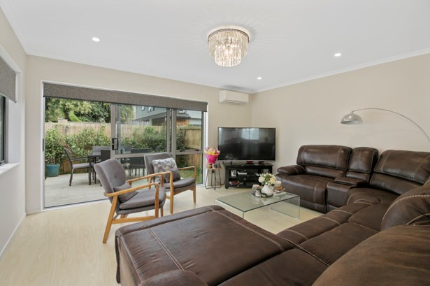 5d Stamford Park Road, Mt Roskill, Auckland - NZL (photo 2)
