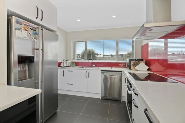 5d Stamford Park Road, Mt Roskill, Auckland - NZL (photo 3)
