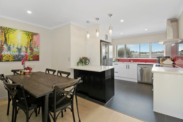 5d Stamford Park Road, Mt Roskill, Auckland - NZL (photo 4)