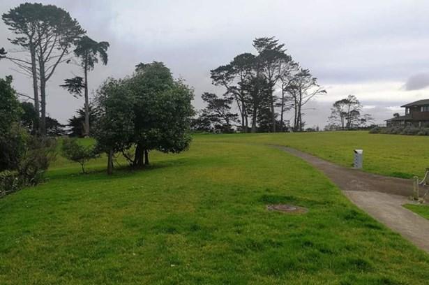 36 Pitt Avenue, Clendon Park, Auckland - NZL (photo 4)