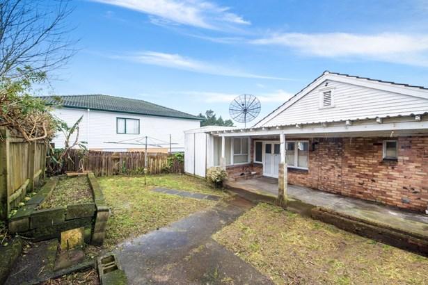 390 Richardson Road, Mt Roskill, Auckland - NZL (photo 5)