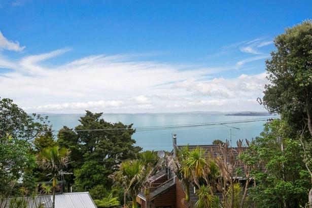 19 Kauri Point Road, Laingholm, Auckland - NZL (photo 2)