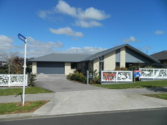 27 Canmore Street, Pokeno, Auckland - NZL (photo 1)