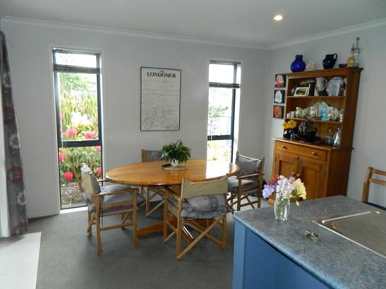 27 Canmore Street, Pokeno, Auckland - NZL (photo 4)