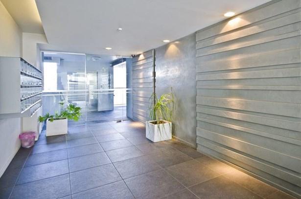 1b/6 Piwakawaka Street, Eden Terrace, Auckland - NZL (photo 2)