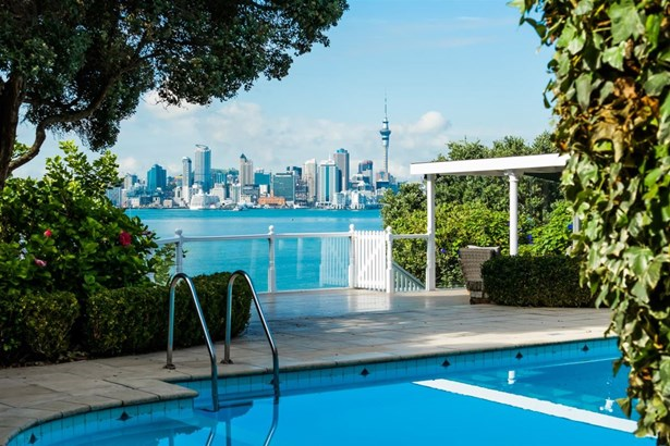 15 Norwood Road, Bayswater, Auckland - NZL (photo 5)