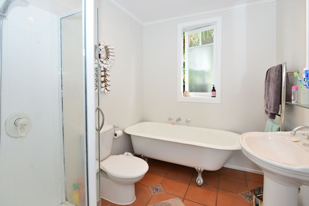 101a Ladies Mile, Manly, Auckland - NZL (photo 5)