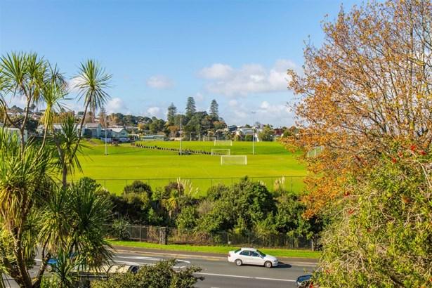 46 Queenstown Road, Hillsborough, Auckland - NZL (photo 2)