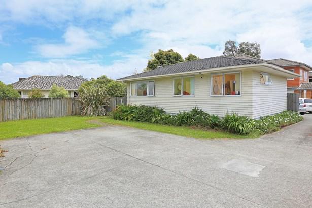 127 Ash Street, Avondale, Auckland - NZL (photo 3)