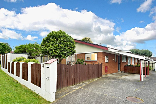 1/8 Liam Place, Half Moon Bay, Auckland - NZL (photo 1)