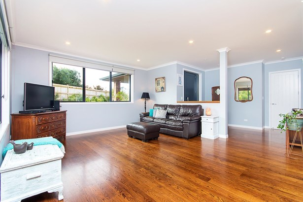 15 James Bright Lane, Waiuku, Auckland - NZL (photo 4)