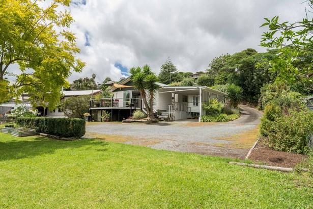 11 Arawa Place, Onerahi, Northland - NZL (photo 1)
