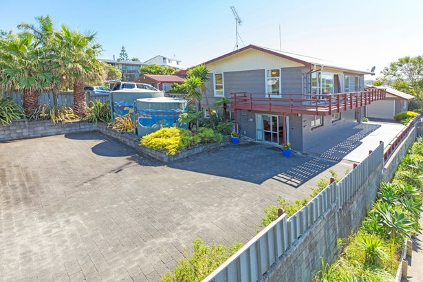 12 Everard Avenue, Army Bay, Auckland - NZL (photo 1)