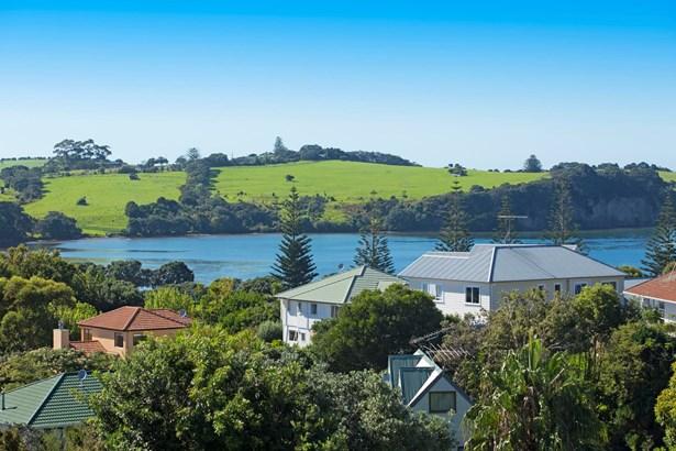 12 Everard Avenue, Army Bay, Auckland - NZL (photo 3)