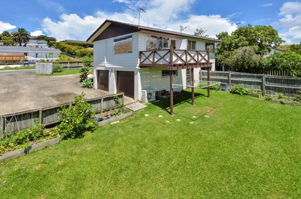 73 Awaruku Road, Torbay, Auckland - NZL (photo 3)