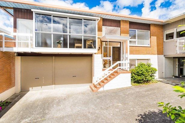 2/4 Rangitoto Terrace, Milford, Auckland - NZL (photo 1)
