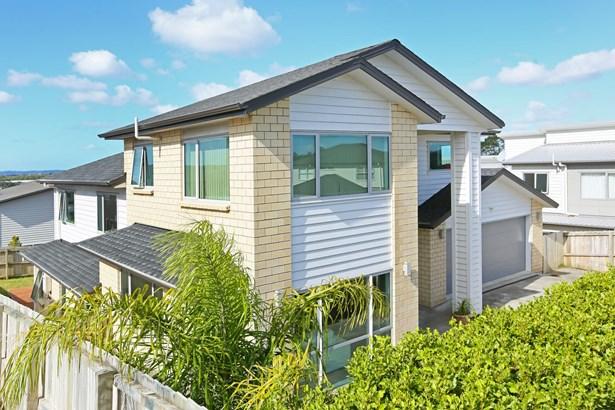8 Sauvignon Avenue, Ranui, Auckland - NZL (photo 2)