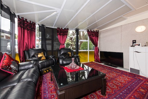 117 Connell Street, Blockhouse Bay, Auckland - NZL (photo 2)