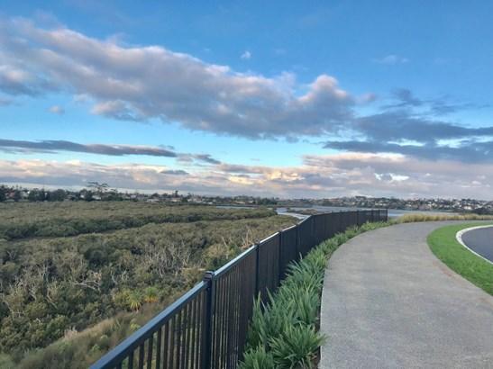 104 Arran Point Parade, Millwater, Auckland - NZL (photo 1)