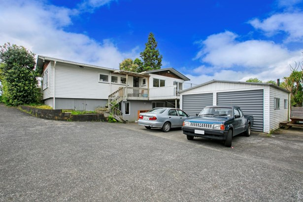 15 Universal Drive, Henderson, Auckland - NZL (photo 1)