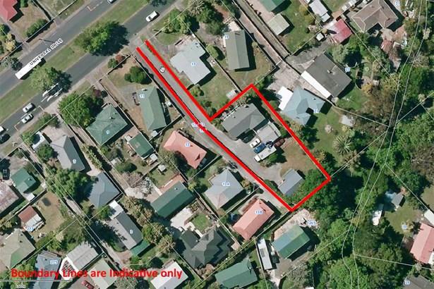 15 Universal Drive, Henderson, Auckland - NZL (photo 2)
