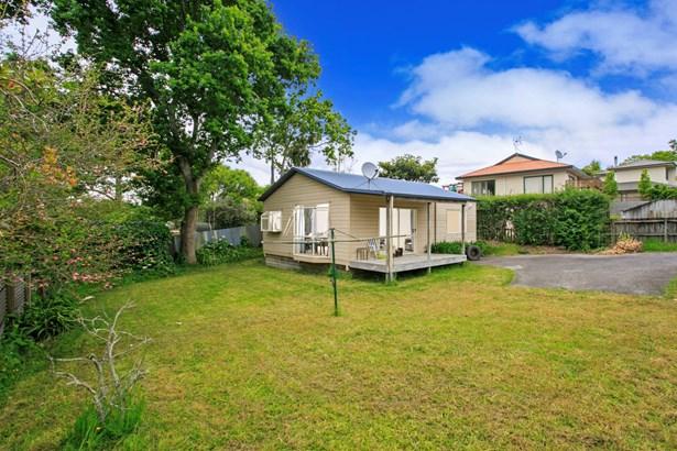 15 Universal Drive, Henderson, Auckland - NZL (photo 4)