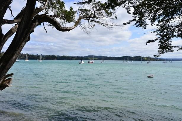 17 Ridge Road, Scotts Landing, Auckland - NZL (photo 4)