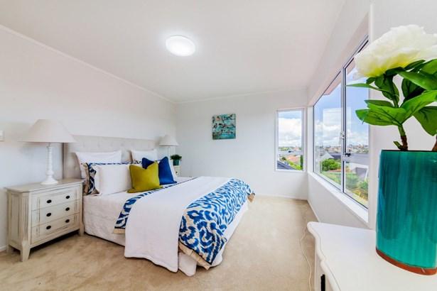 2/52 Simmental Crescent, Somerville, Auckland - NZL (photo 1)