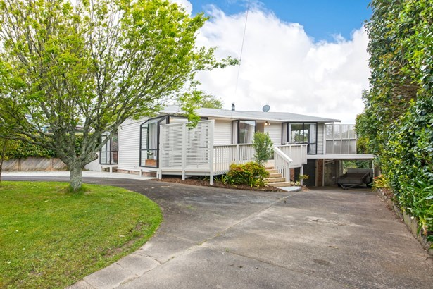 92 Tiroroa Avenue, Te Atatu South, Auckland - NZL (photo 2)