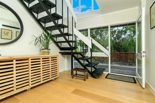 44 Channel View Road, Campbells Bay, Auckland - NZL (photo 2)