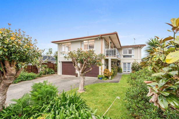 111 Clovelly Road, Bucklands Beach, Auckland - NZL (photo 5)
