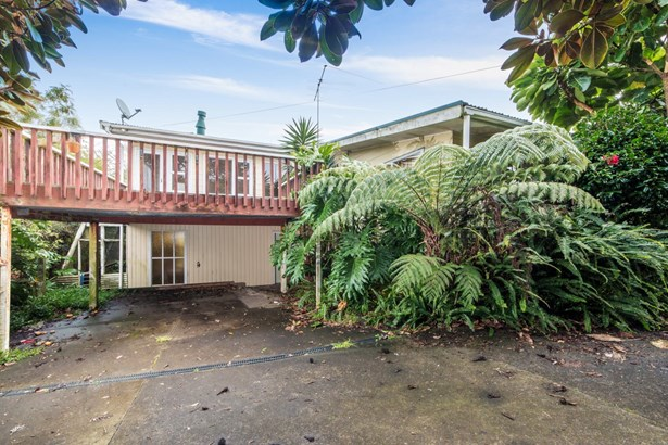 167 Chivalry Road, Glenfield, Auckland - NZL (photo 4)
